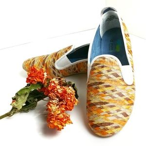 Dimmi Leather Stretch Weave Orange Flats  Size 8M